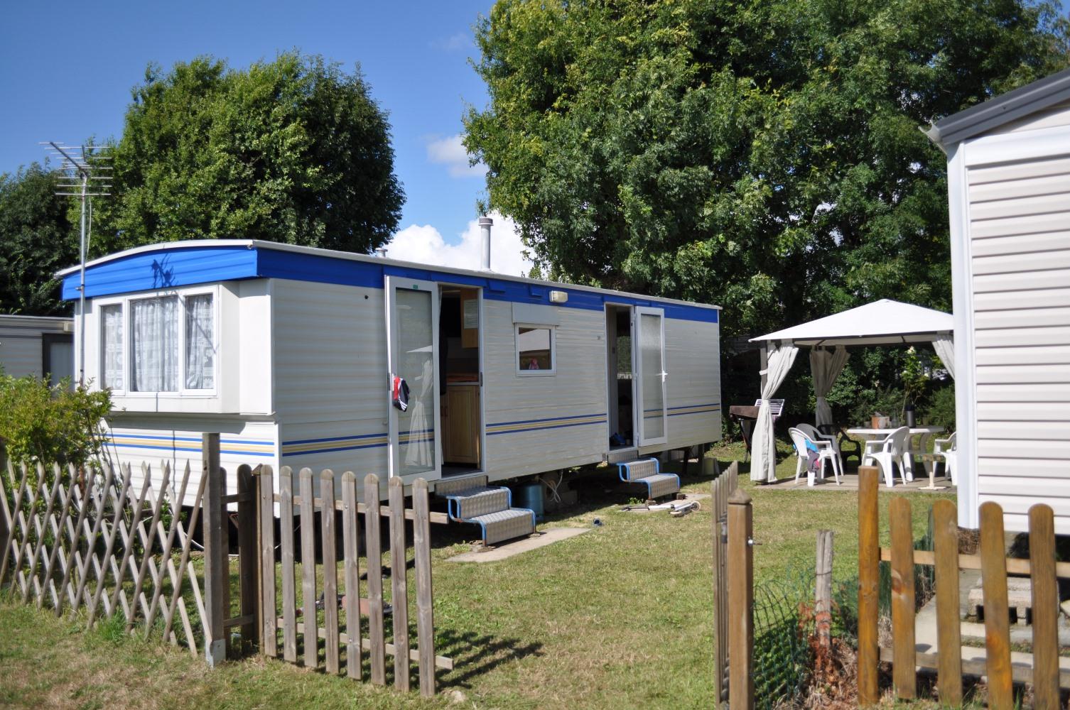 ... Location Mobil Home 2 Chambres Au Camping De La Chanterie, Camping Avec  Piscine Chauffée, ...